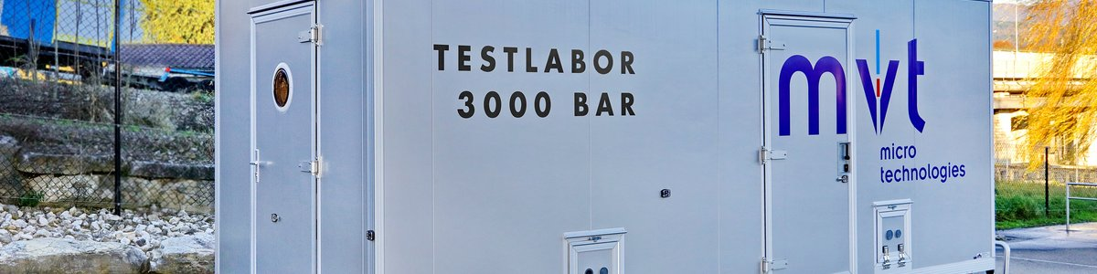Testlaboratory for waterpressure up to 3000 bar